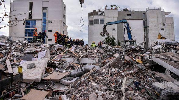 ΑΠΟ τη Χίο με αγάπη στους σεισμόπληκτους Αλβανούς